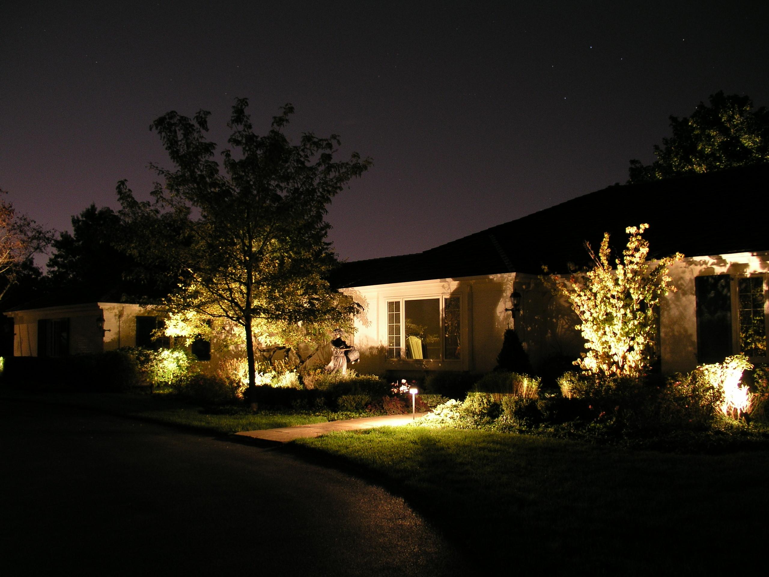 Kim led landscape lighting lighting ideas for Best low voltage led landscape lighting